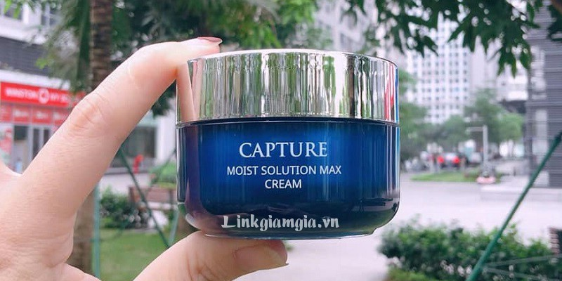 Kem dưỡng ẩm AHC Capture Moist Solution Max Cream